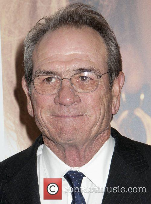 tommy lee jones premiere of hope springs 4023241