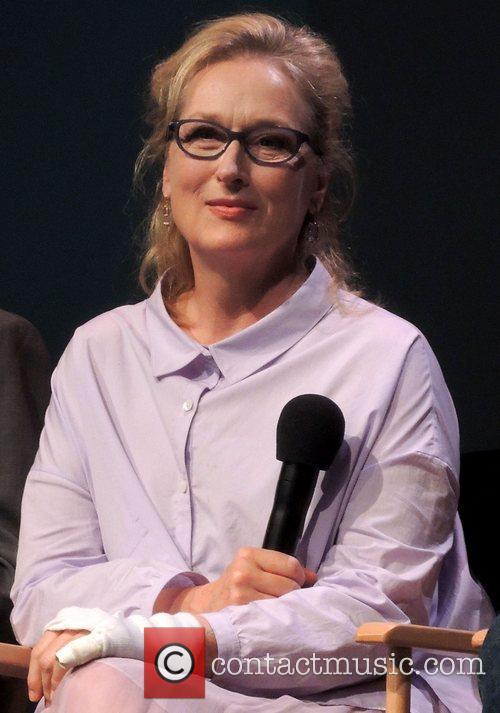 Meryl Streep Apple Store