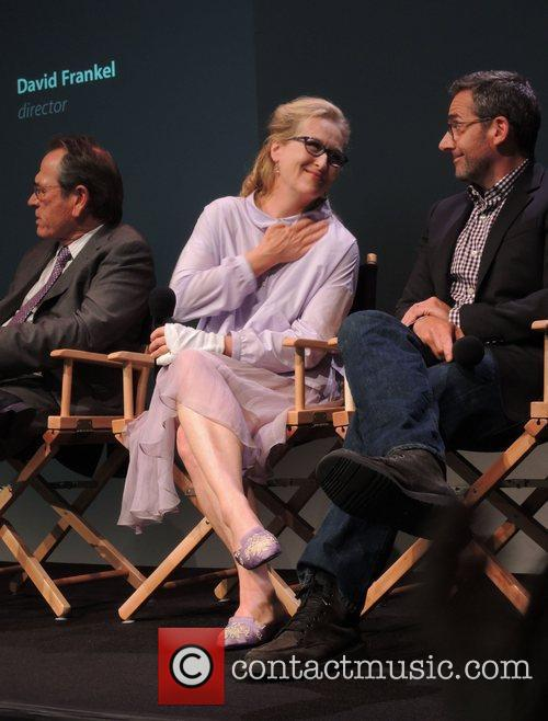 Tommy Lee Jones, Meryl Streep and Steve Carell 6