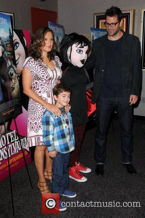 Mariska Hargitay, Peter Hermann and August Hermann 3