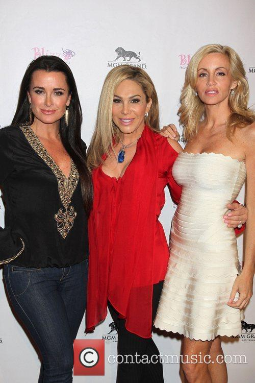 Kyle Richards and Camille Grammer 5