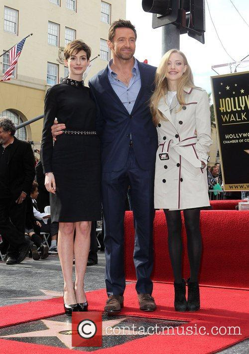 Anne Hathaway, Hugh Jackman and Amanda Seyfried 3