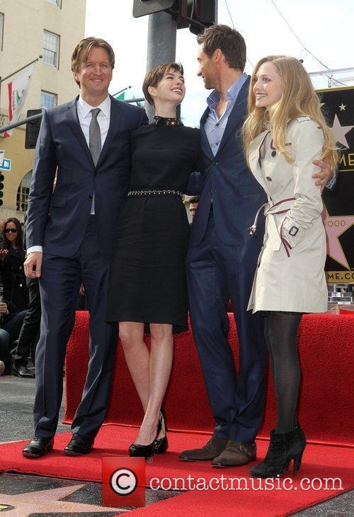 Tom Hooper, Anne Hathaway, Hugh Jackman and Amanda Seyfried 4