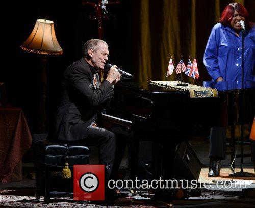 Hugh Laurie and Hammersmith Apollo 5