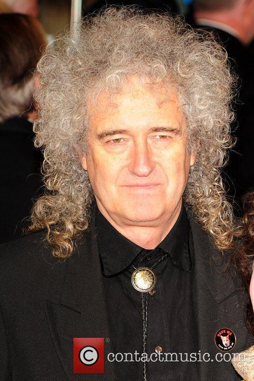 Brian May Royal Film Performance 2011: Hugo in...