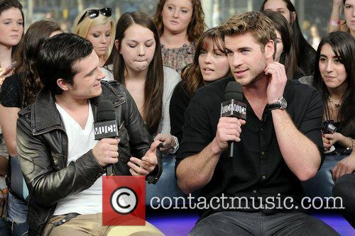 Josh Hutcherson and Liam Hemsworth 10