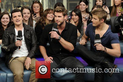 Josh Hutcherson, Alexander Ludwig and Liam Hemsworth 4