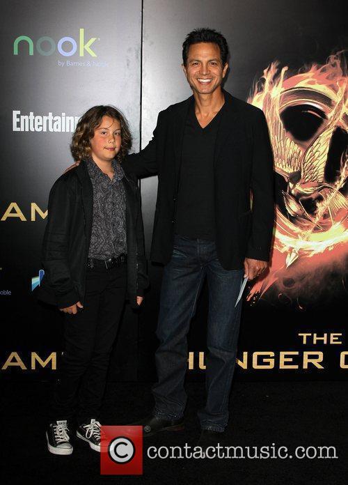 Benjamin Bratt, Jennifer Lawrence and Liam Hemsworth 1