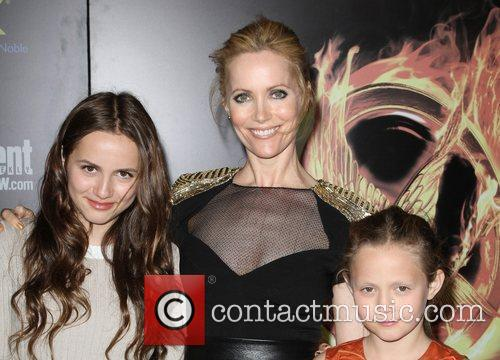 Leslie Mann and Maude Apatow 1