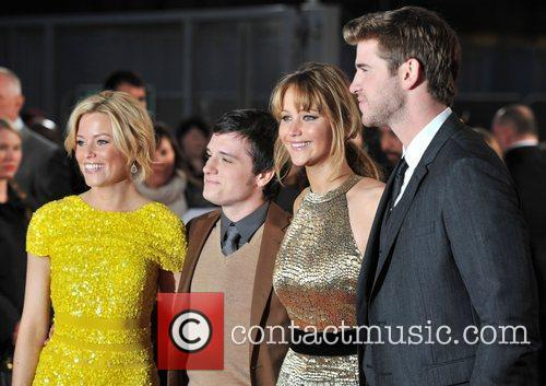 Jennifer Lawrence, Elizabeth Banks, Josh Hutcherson and Liam Hemsworth 9