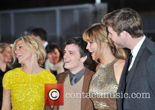 Jennifer Lawrence, Elizabeth Banks, Josh Hutcherson and Liam Hemsworth 10