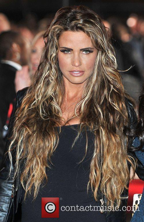 katie price the hunger games premiere held 3780672