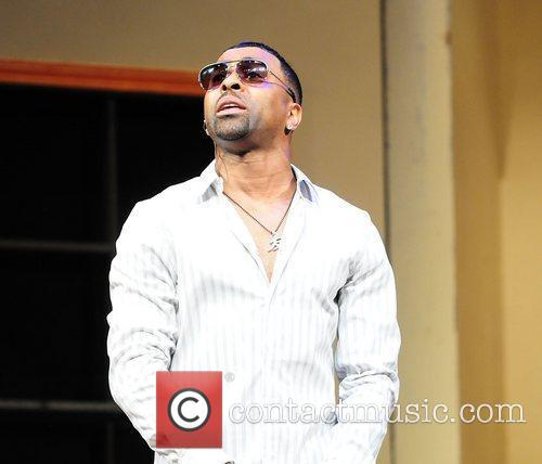Ginuwine  performs on stage at the Matthews...