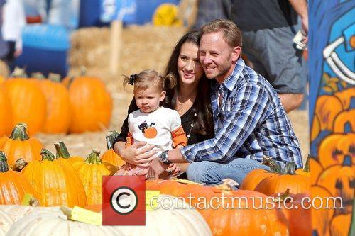 Ian Ziering, Erin Ludwig and Mia Ziering 7