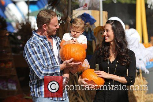Ian Ziering, Erin Ludwig and Mia Ziering 10