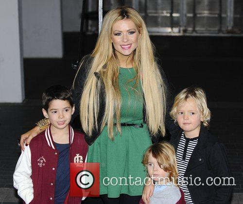Nicola McClean and children World Premiere of 'Ice...