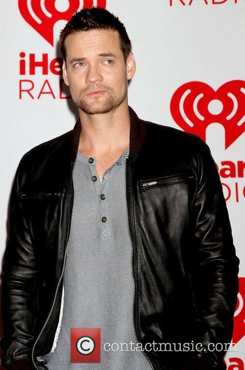 shane west at the iheart radio music 4095238