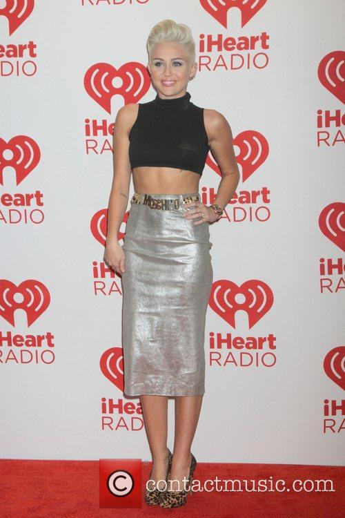miley cyrus iheartradio music festival at mgm 5917199
