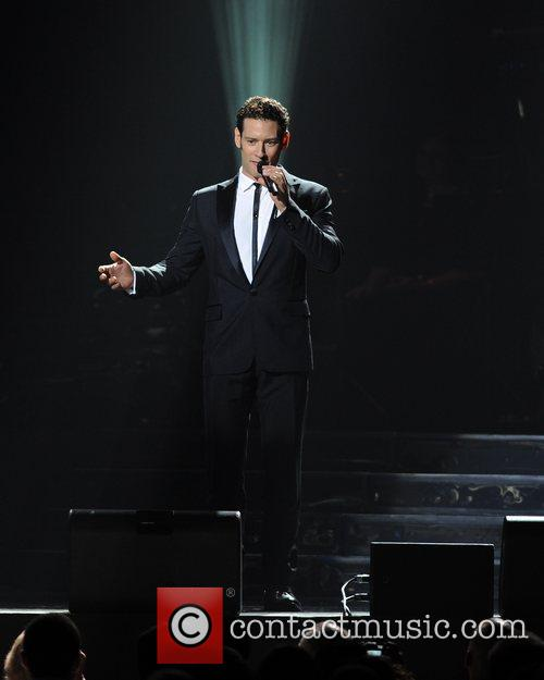 urs buhler il divo perform at the 5864613
