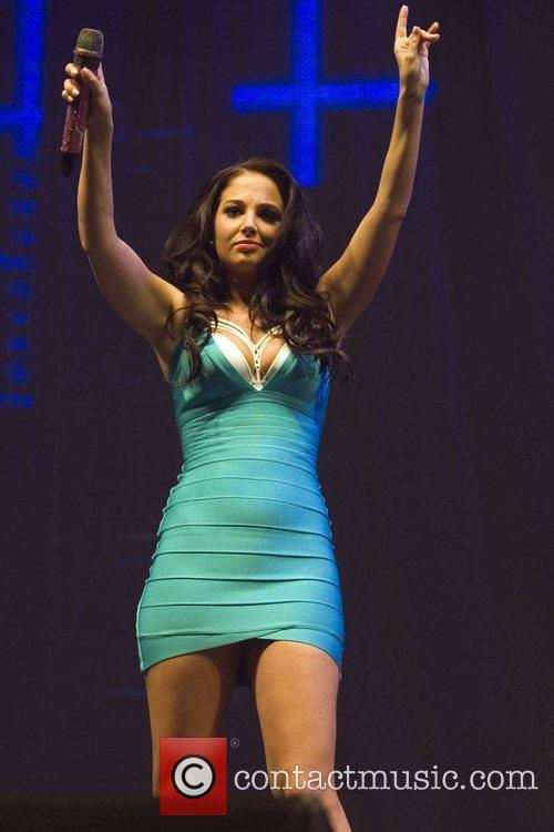 tulisa contostavlos performs on stage at indemand 3894235