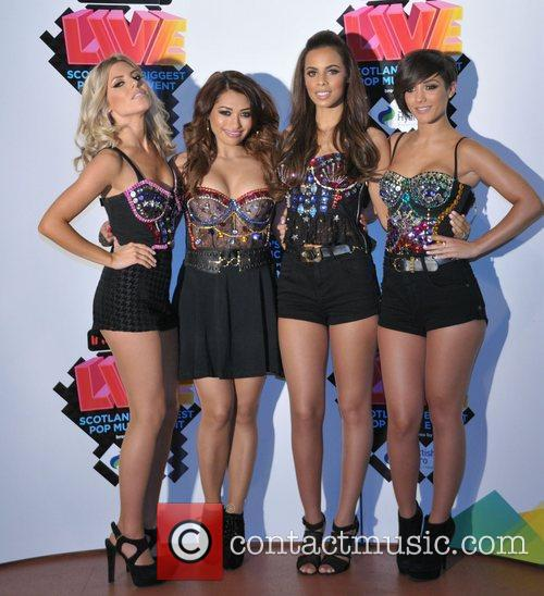 Mollie King, Frankie Sandford, Rochelle Wiseman, The Saturdays and Vanessa White 5