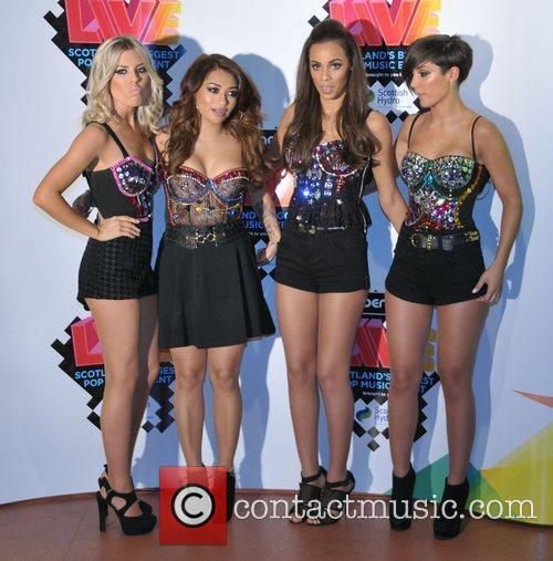 Mollie King, Frankie Sandford, Rochelle Wiseman, The Saturdays and Vanessa White 6