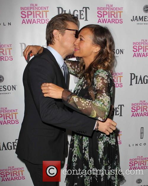 Jeremy Renner and Rashida Jones 7