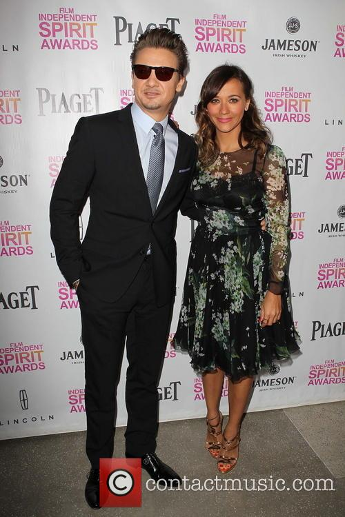 Jeremy Renner and Rashida Jones 9