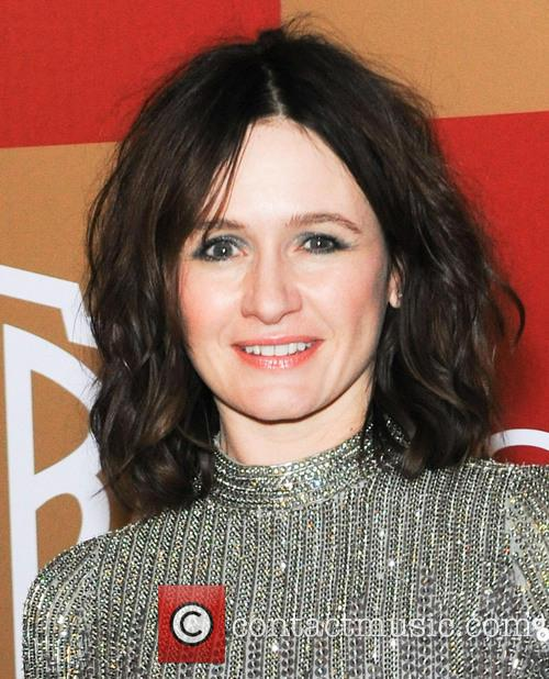 emily mortimer instyle and warner bros golden 20060395