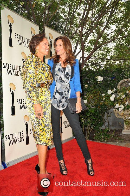 Vanessa Williams and Cindy Crawford 17