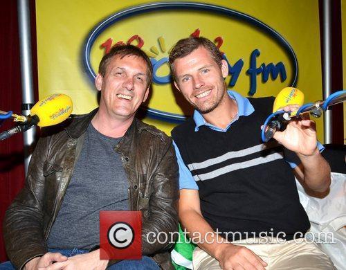 Tony Cascarino, Des Bishop Ireland soccer heroes Tony...