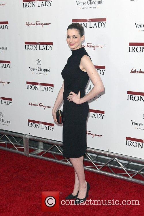 anne hathaway at the new york premiere 3656056