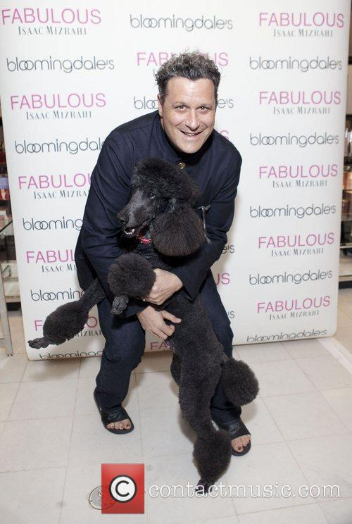 isaac mizrahi launches his new fragrance fabulous 4133569