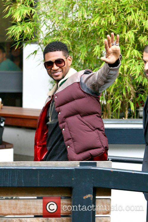 Usher, London, England, Mandatory and Itv Studios 4