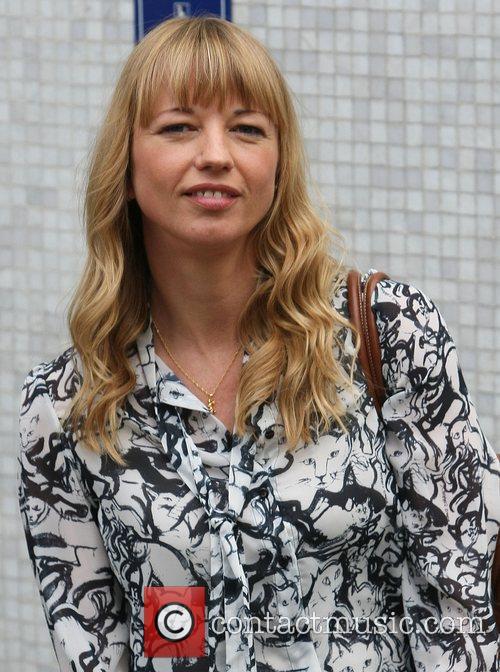 Sara Cox 3