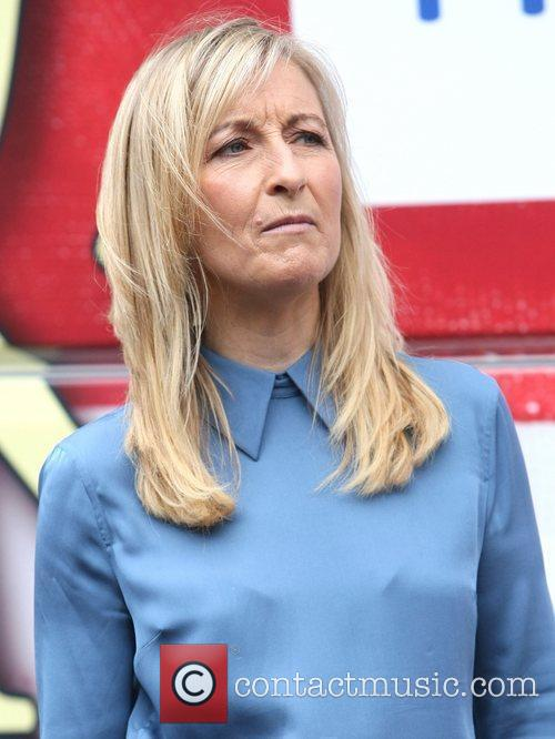 Fiona Phillips 6