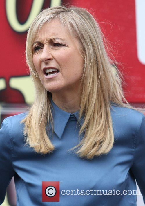 Fiona Phillips 9