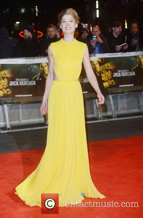 Rosamund Pike, Jack Reacher, Odeon, Leicester Square, London and England 10