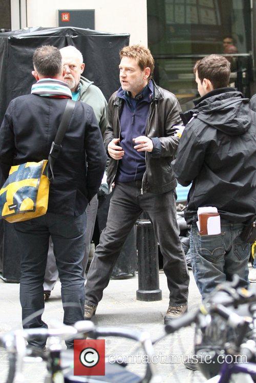 kenneth branagh jack ryan filming outside london 5923742