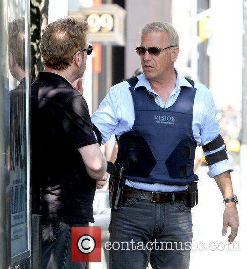 Kevin Costner and Kenneth Branagh 1