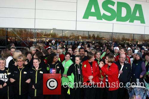 X Factor Finalist Jahmene, Douglas, Nicole Scherzinger, Asda, Haydon Wick, Swindon and Saturday 5
