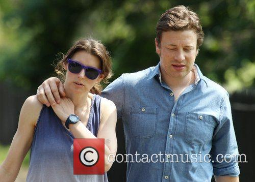 Jools Oliver and Jamie Oliver 3