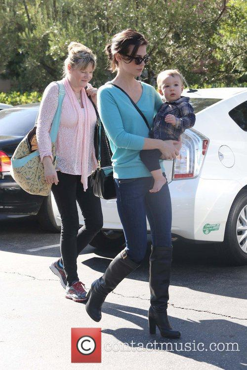 January Jones, Xander, Pasadena