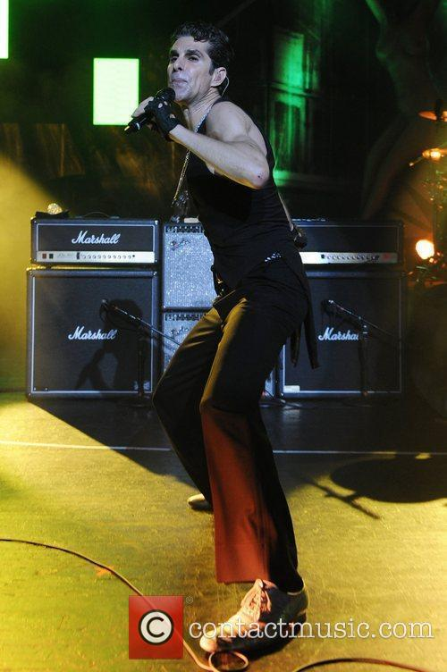 Perry Farrell 5