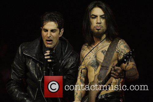 Perry Farrell, Dave Navarro and Massey Hall 5