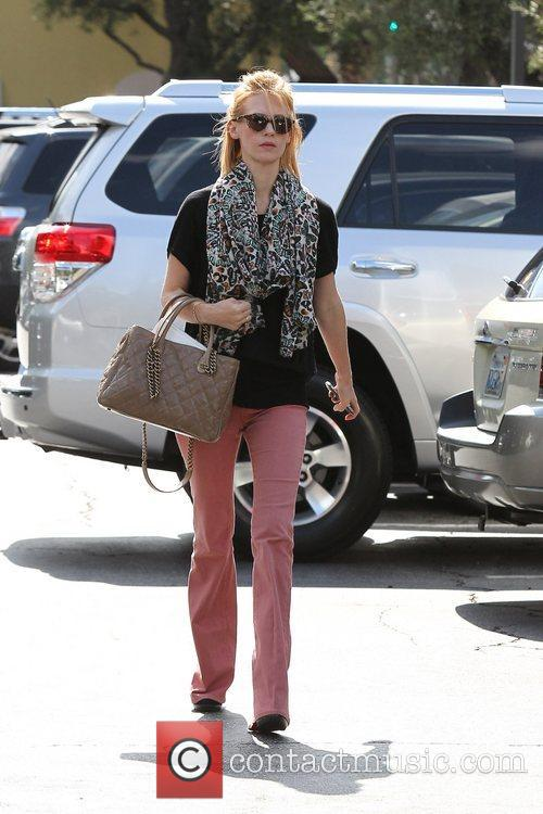 January Jones, Whole Foods and Pasadena 1