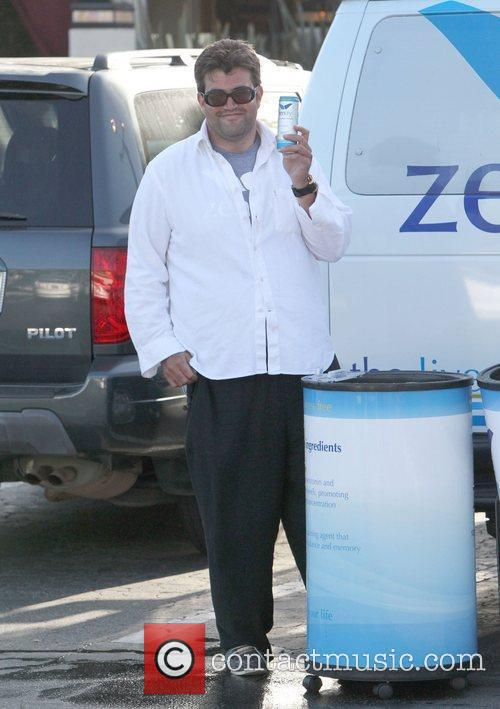 Hands out free Zenify drinks at Cross Creek...