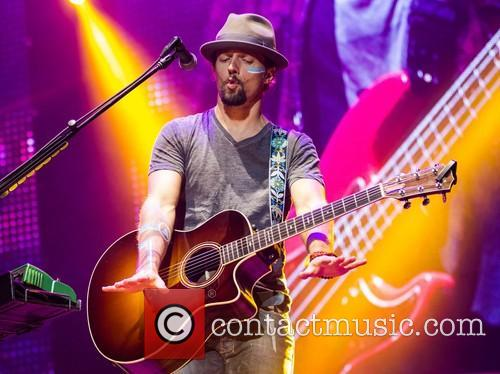 Jason Mraz and Pavilhao Atlantico 3