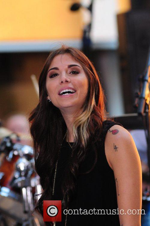 christina perri performing live at the toyota 5902348