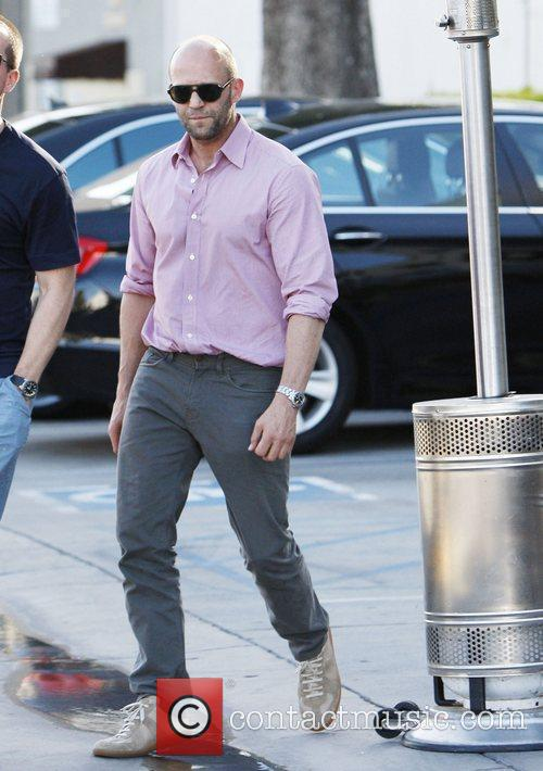 jason statham leaves a restaurant in west 3880330